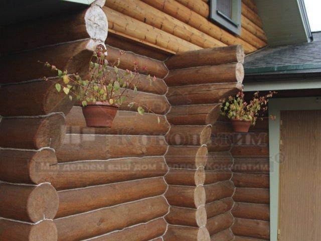Фото-внешняя конопатка бани ручной рубки в Симагино. Хоз блок.
