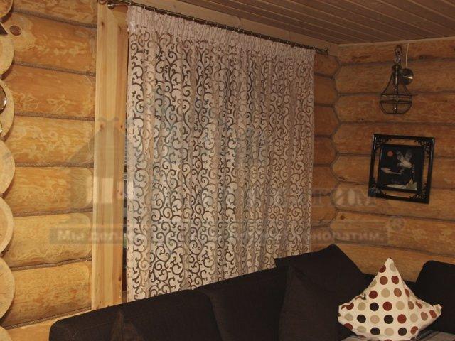 Фото-внутренняя конопатка бани ручной рубки в Симагино. Декоративный канат в интерьере дома.